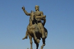 Памятник Давиду Строителю