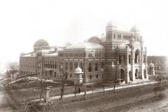 Казенный театр. (фотография Дмитрия Ермакова)
