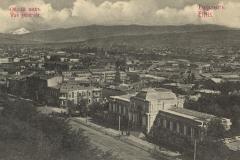 Вид Тифлиса, на первом плане зал Славы