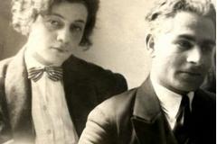 Елена Ахвледиани и Ладо Гудиашвили в Париже. 1925 г