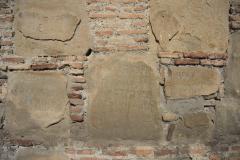 Граффити на стенах Успенской церкви. Метехи