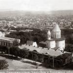 Церковь Кашвети и Зал Славы (Фотография Дмитрия Ермакова)