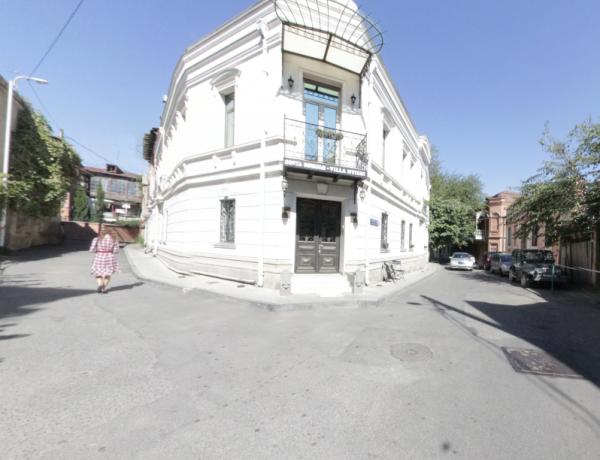 Улица Чакрухадзе