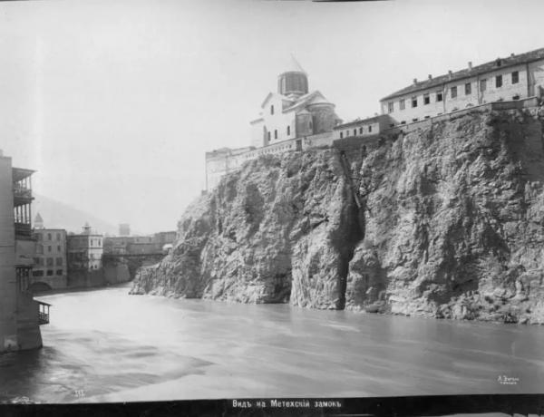 Метехская крепость